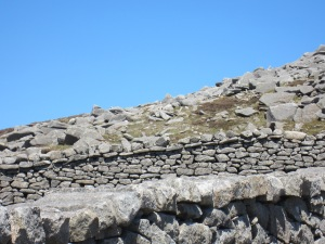 Mourne Wall - Old and New styles of building